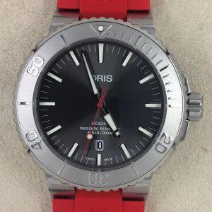 Oris Aquis Date Relief Ref. 01 733 7730 4153-07 4 24 66EB